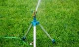 Best Tripod Sprinklers For Lawns